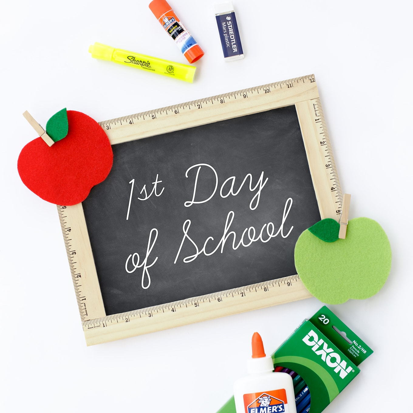 DIY First Day of School Photo Prop