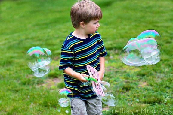 Use distilled water, glycerin, and Dawn to make the best bubbles for play!
