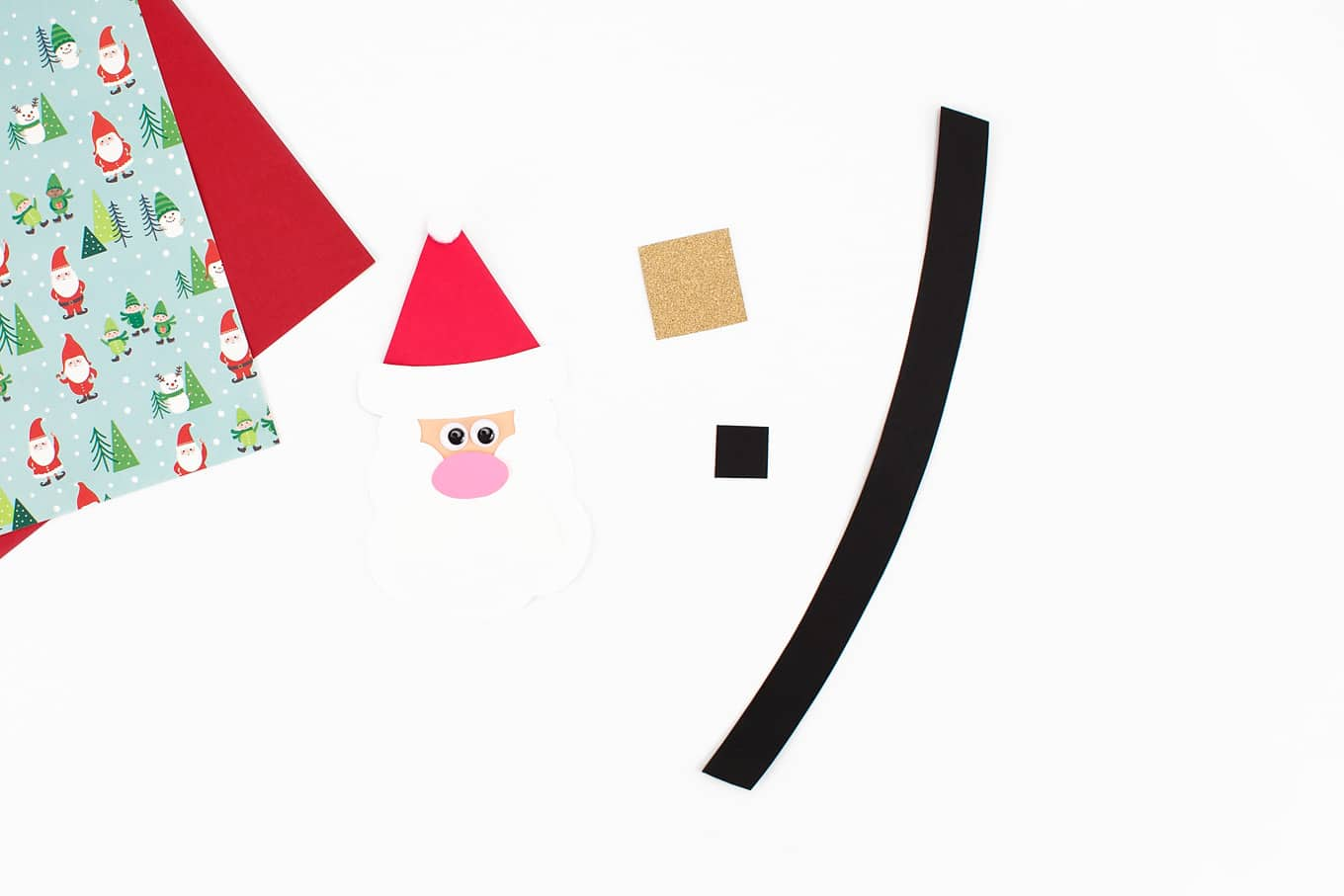 Assembling Easy Santa Craft
