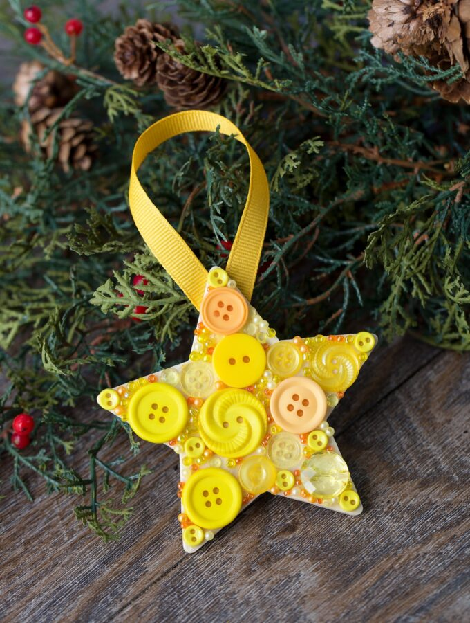 How to Make a Button Star Ornament