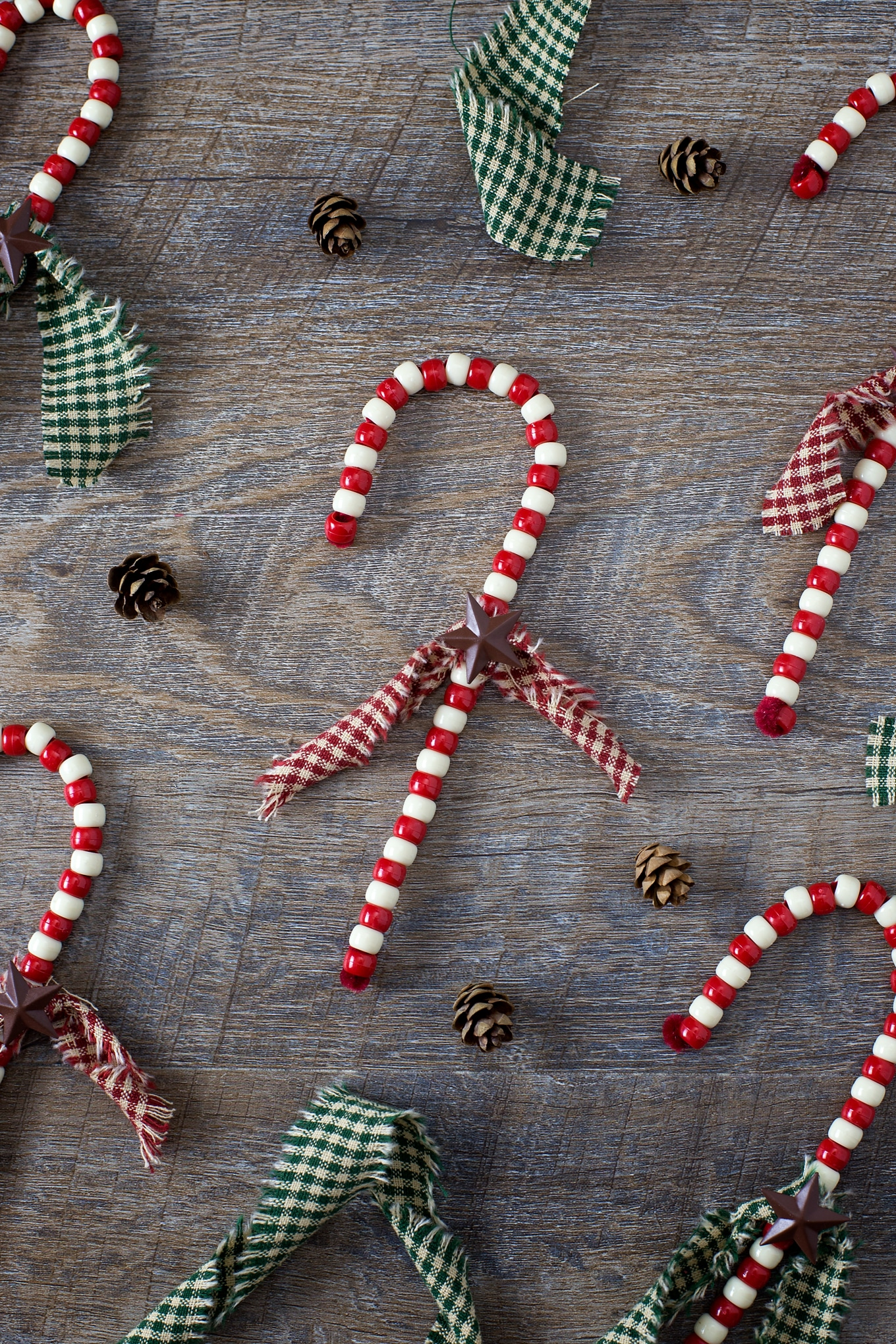 How to Make Beaded Candy Cane Ornaments