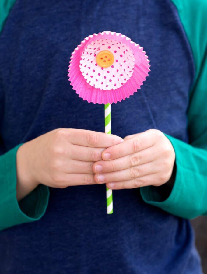 Super Easy Cupcake Liner Flowers