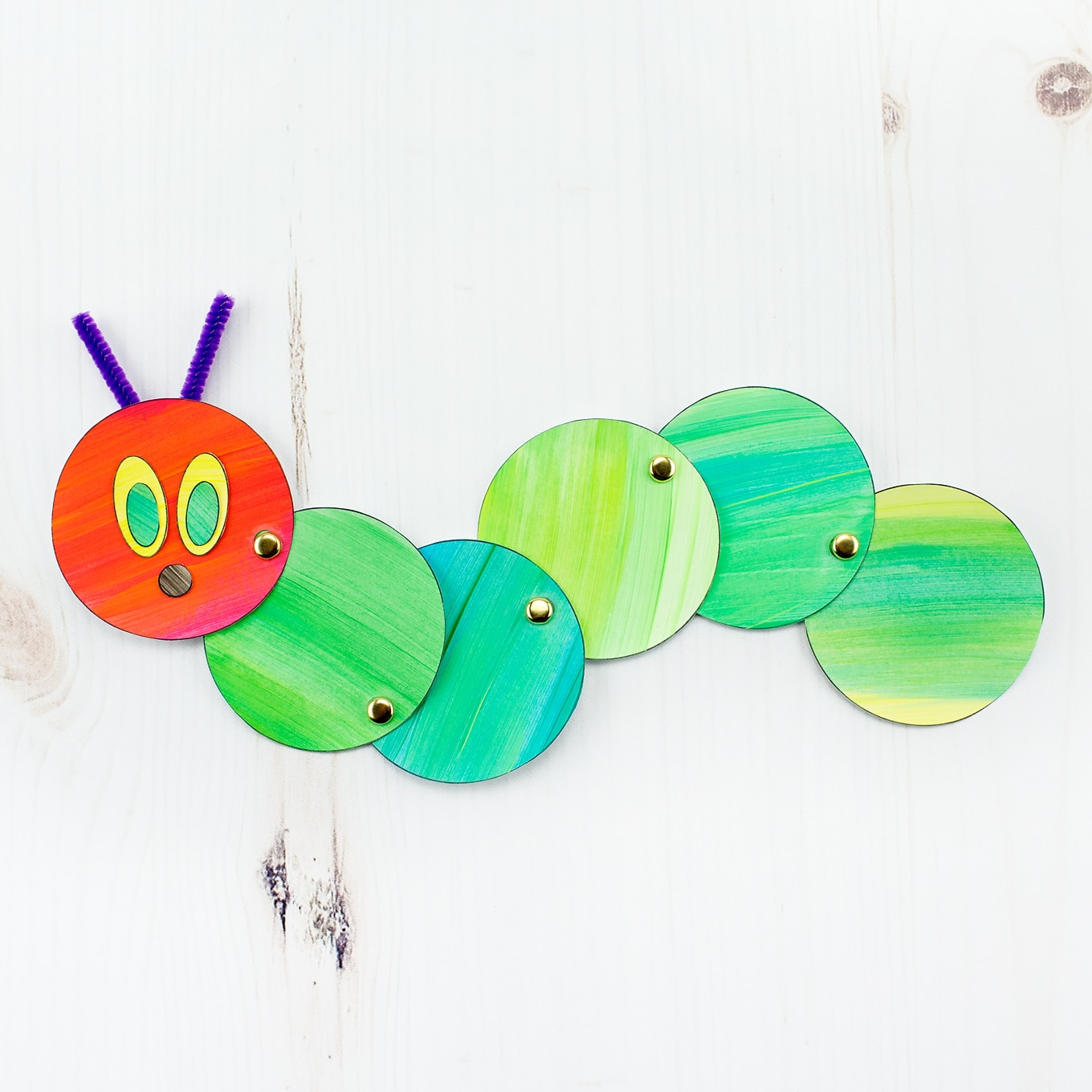 How To Make An Easy And Fun Wiggling Caterpillar Craft
