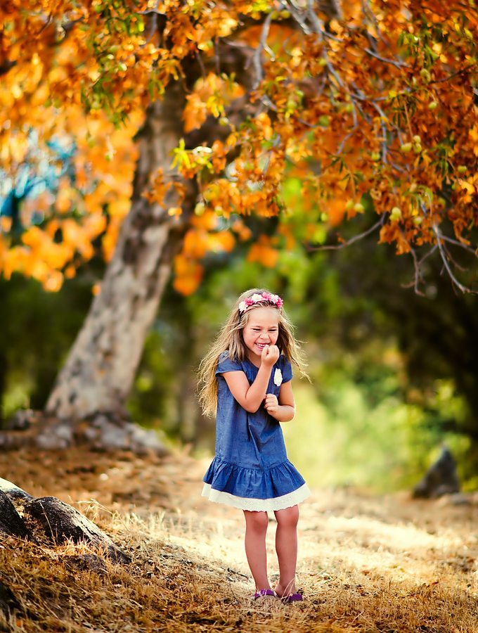 10 Ways to Enjoy Simple Fall Family Fun
