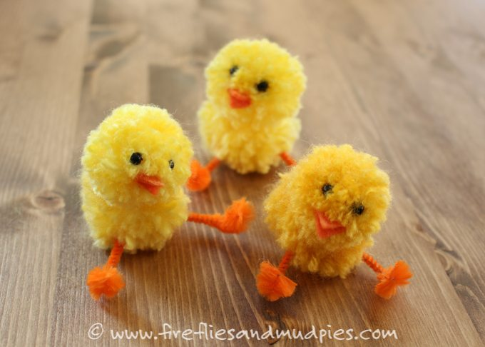 Simple Pom Pom Chicks