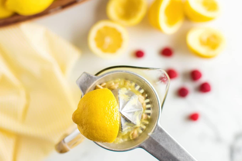 Fresh Squeezed Lemon Juice for Lemonade