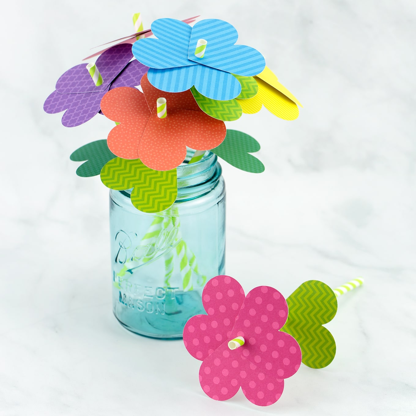 How to make simple paper heart flowers colorful paper flower bouquet mightylinksfo