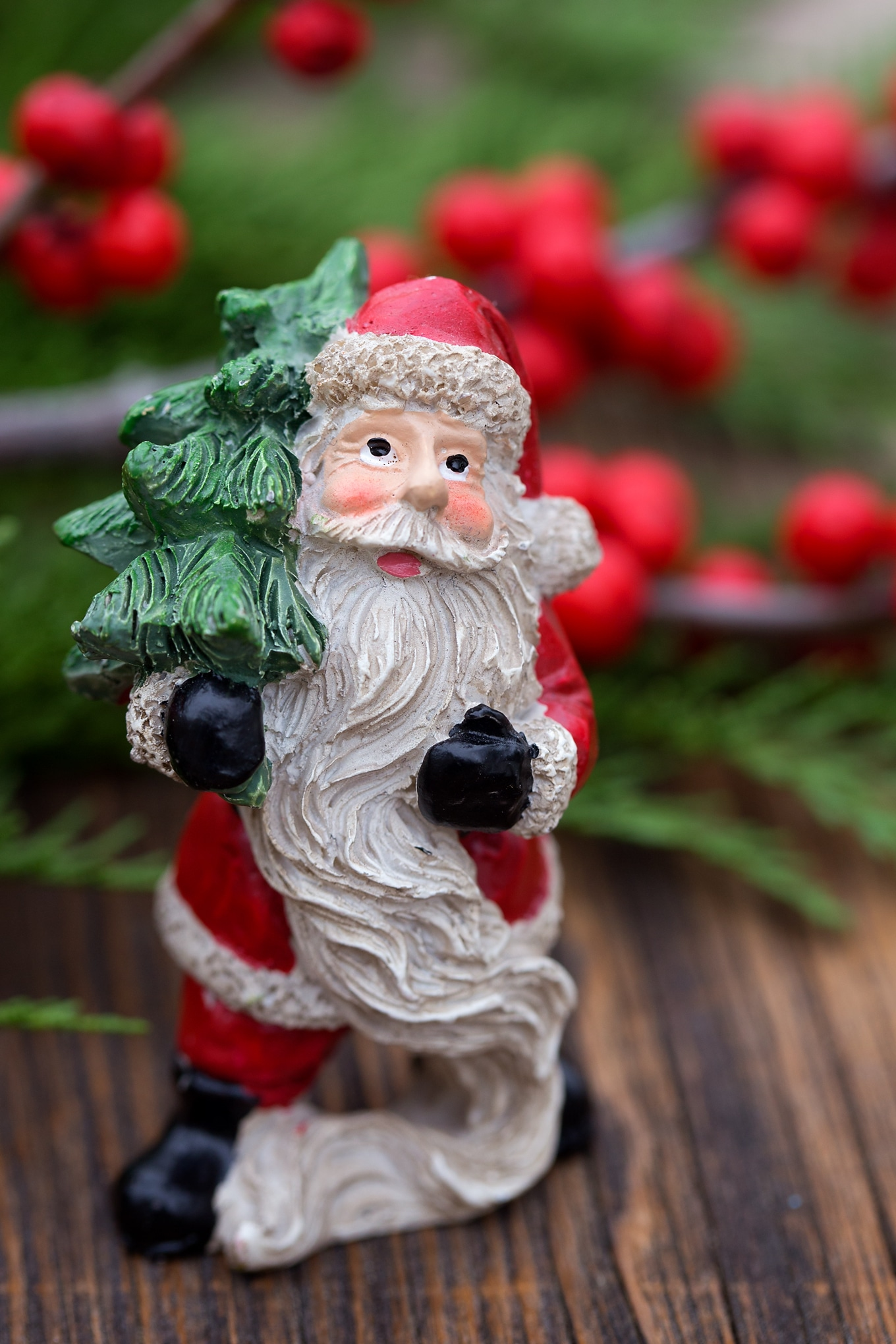 Santa Mini Figure for Christmas Teacup Garden