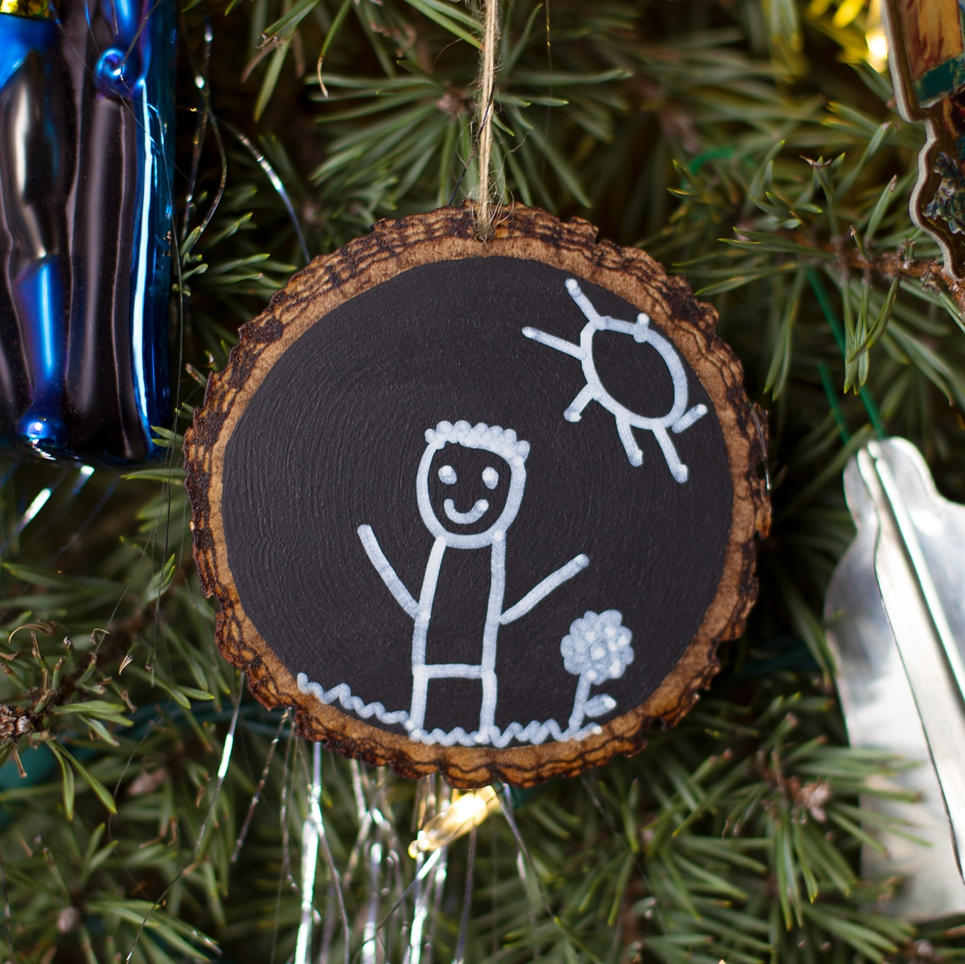 Easy Keepsake Chalkboard Ornament for Kids