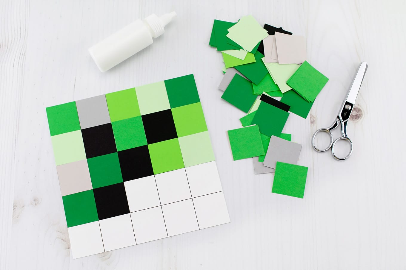 Making a Large Creeper Using Papercraft : 4 Steps - Instructables | 907x1360