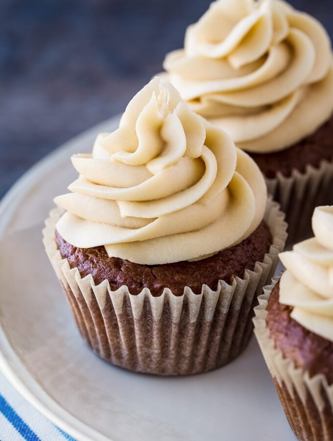 How to Make Easy Mocha Cupcakes