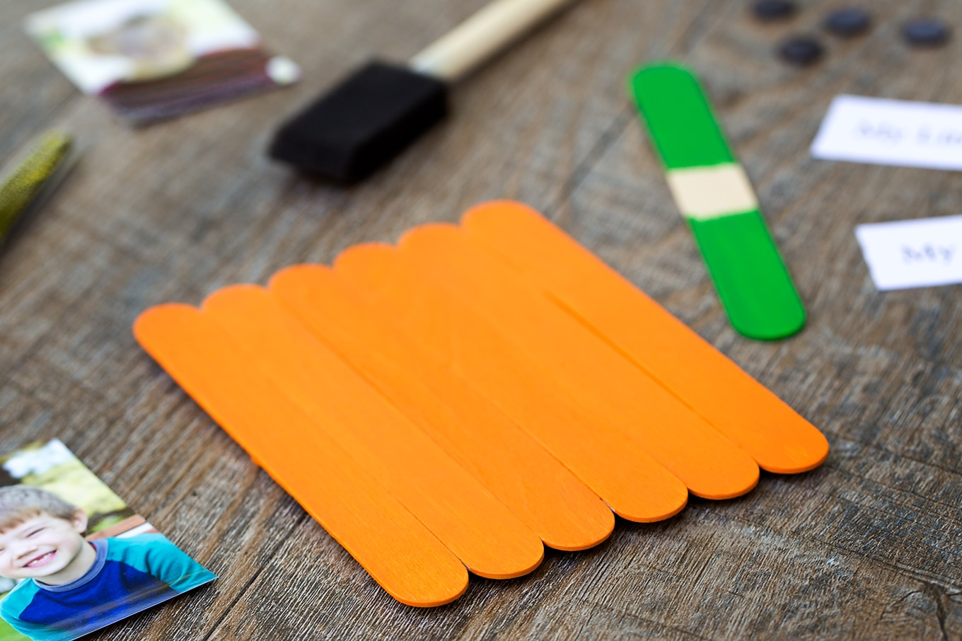 Just in time for fall, learn how to make an adorable My Little Pumpkin Keepsake Craft with craft sticks, paint, and glue.