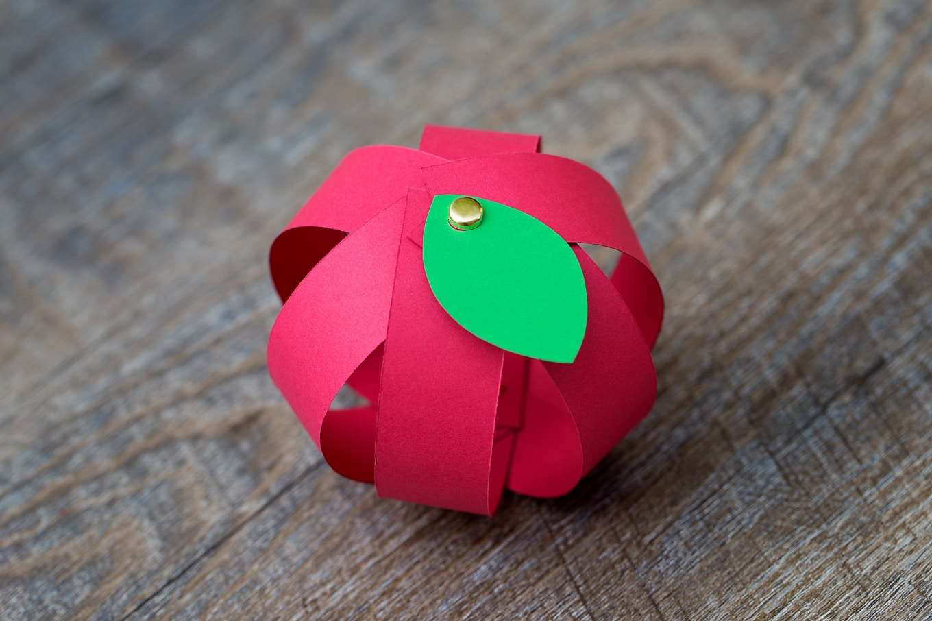 Red Paper Apple Craft