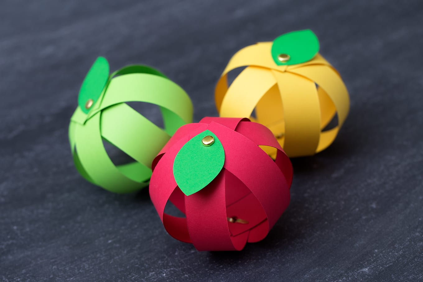 Paper Apple Craft with Paper Strip Apples