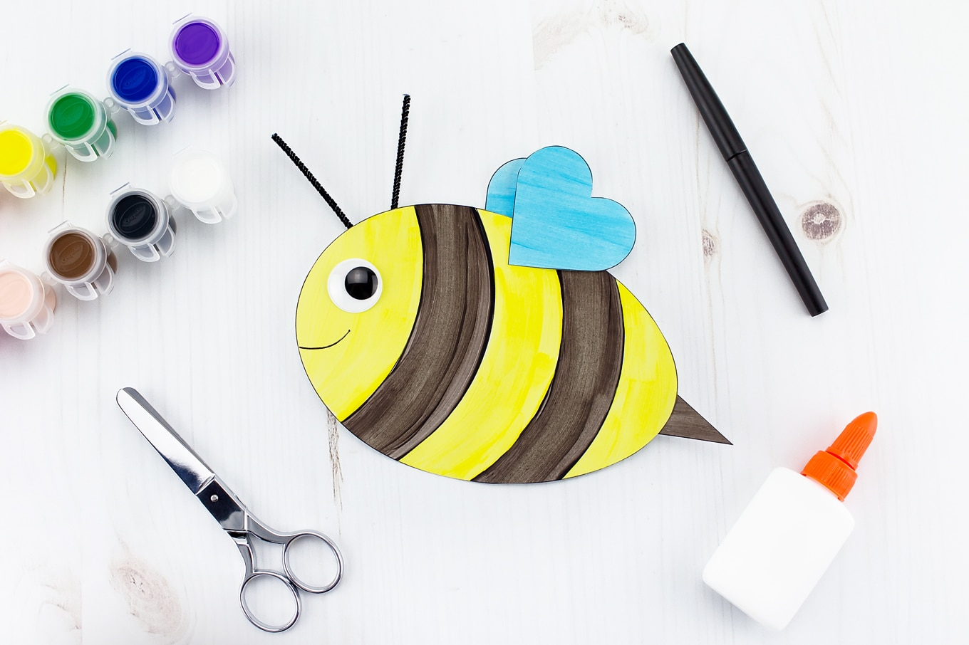 How to Make an Easy and Fun Paper Bee Craft