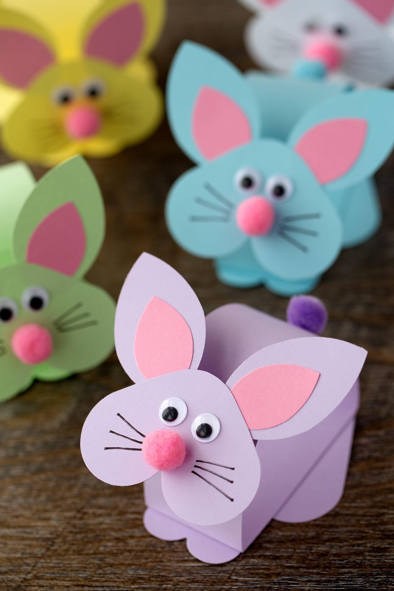 Easy easter bunny crafts - Paper Bobble Head Bunny Craft