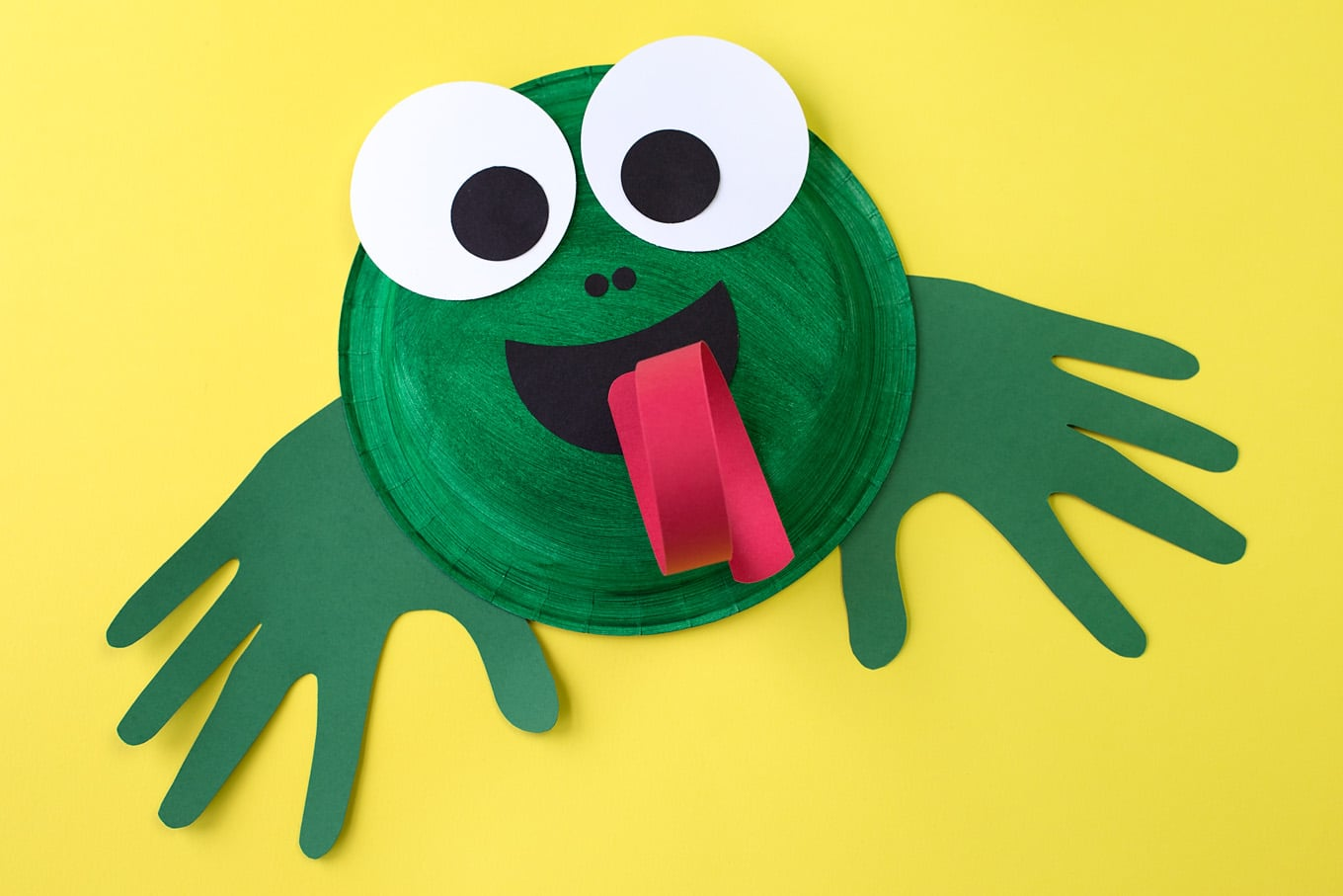 How to make a paper plate frog craft for Frog crafts for preschoolers