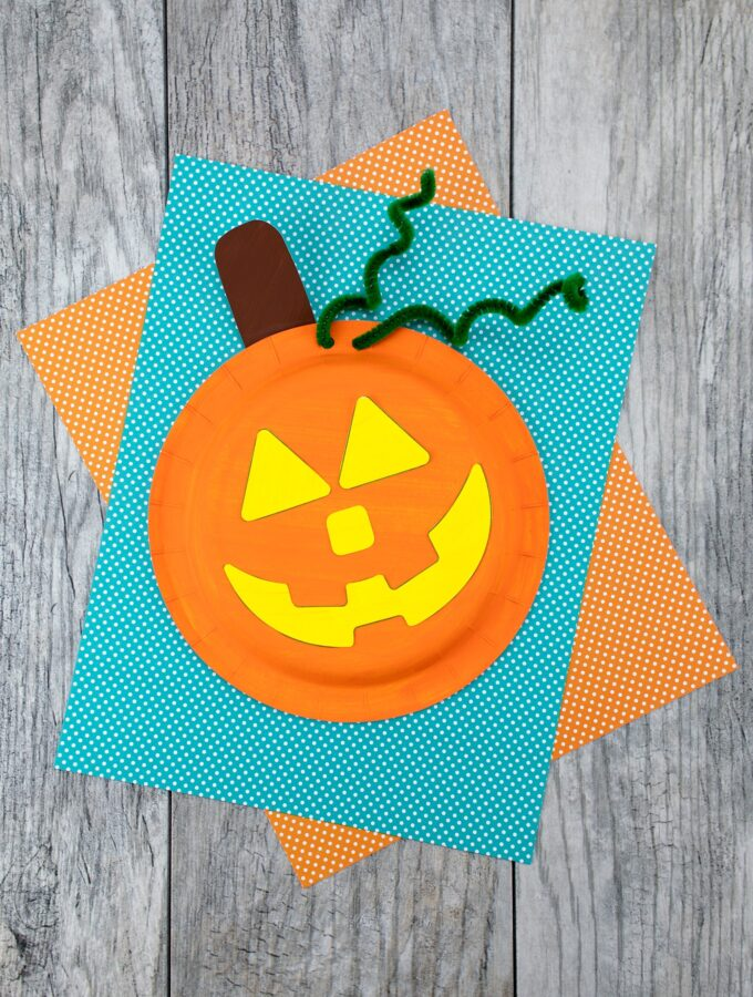 How to Make an Easy and Fun Paper Plate Pumpkin Craft