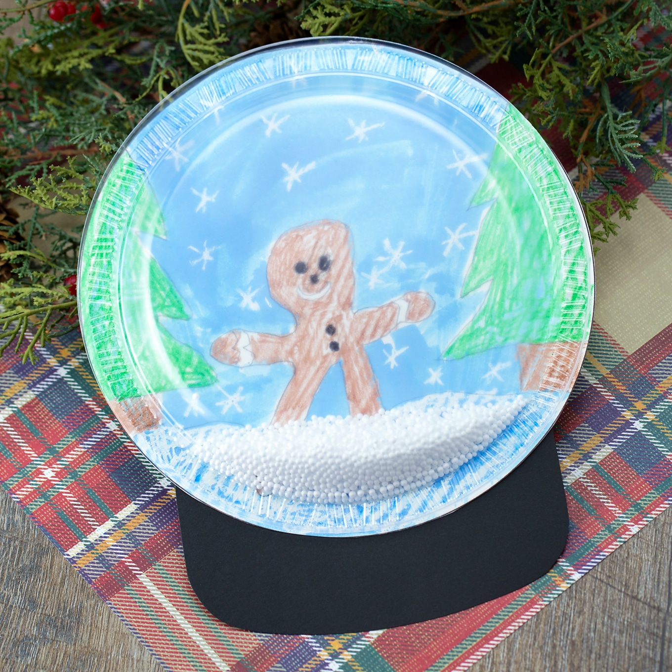 This Plastic Plate Snow Globe Craft is Perfect for School or Home