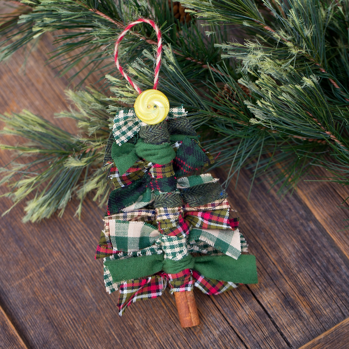 How To Make Christmas Decorations Youtube: How To Make Scrap Fabric Tree Ornaments