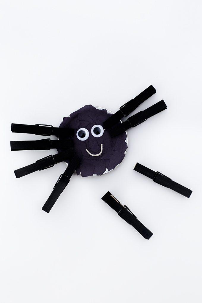 Mason Jar Lid Spider Craft