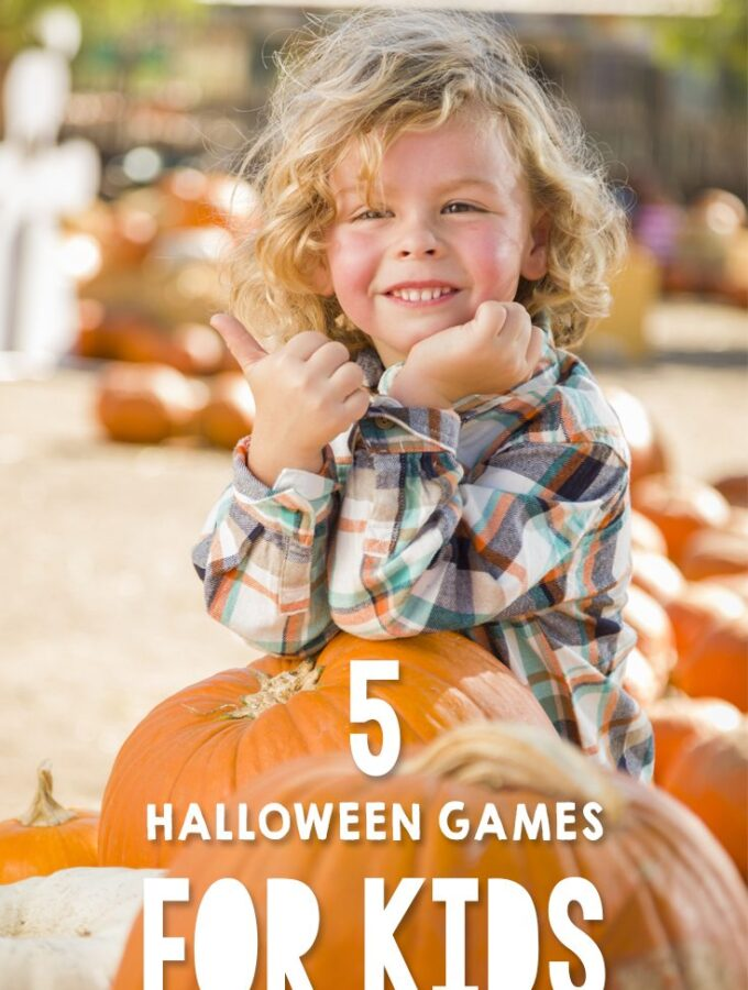 5 Family Halloween Games