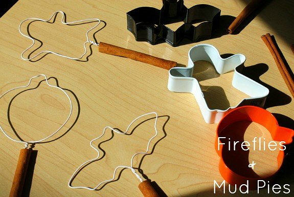 Use cookie cutters to make Halloween Bubble Wands! - Fireflies and Mud Pies