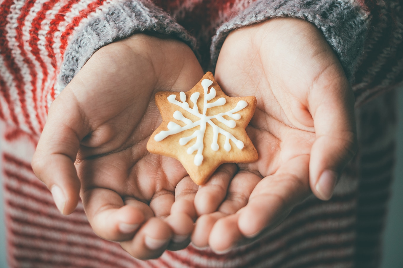 As we are bombarded by advertisements and wish lists this time of year, it can be difficult to stay focused on what really matters. The best holiday gifts for children—the gifts kids really want for Christmas—require no wrapping paper, ribbons, or money. But they do require a substantial investment.