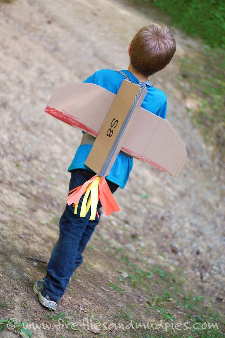 cardboard-rocket-blasters