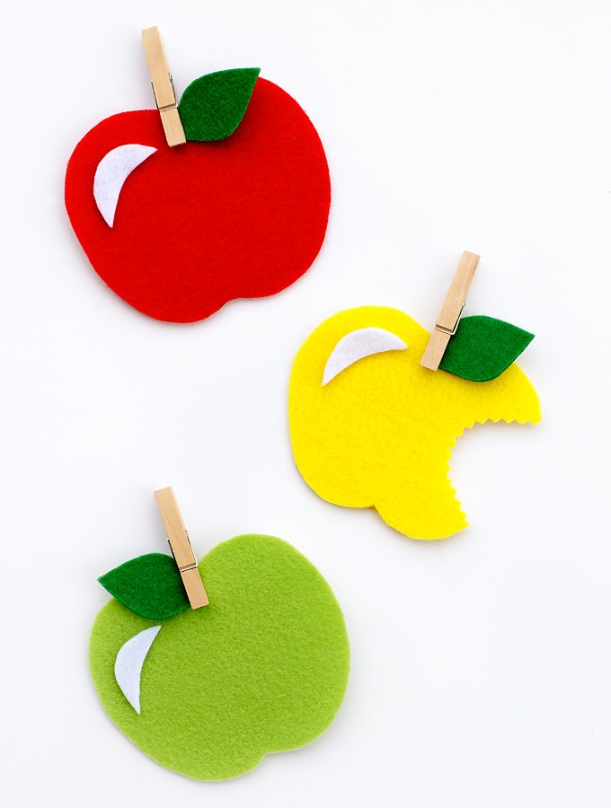 Easy Felt Apple Craft for Kids