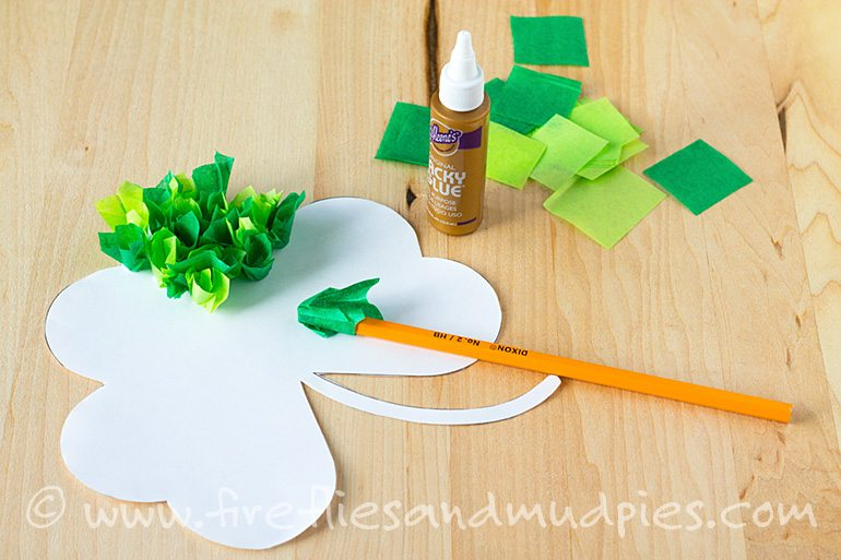Free Printable Shamrock Craft | Fireflies and Mud Pies
