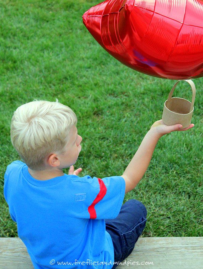 Easy Hot Air Balloon Craft