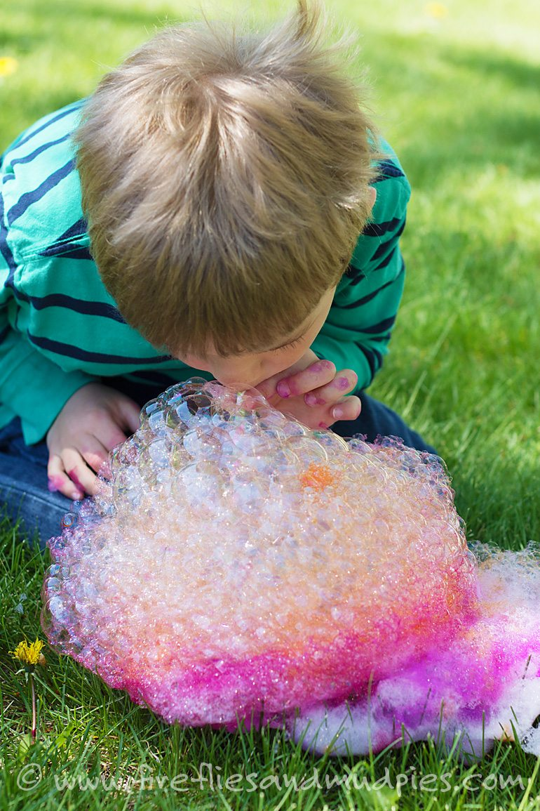 Soap Foam Printing for Summer Art   Fireflies and Mud Pies