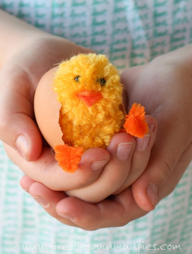 Simple Pom Pom Baby Chicks